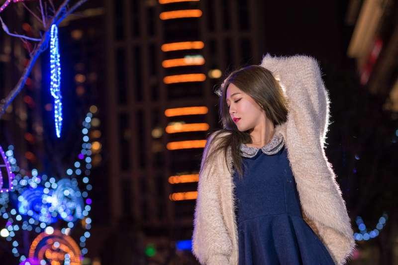 Winnie小雪 - 新北欢乐圣诞城夜拍超高清图片