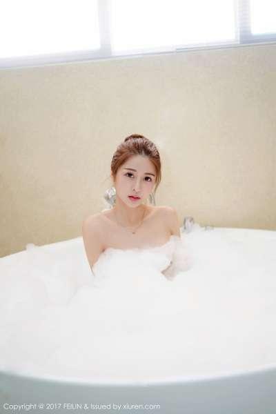 luna张静燕 - 模特@luna张静燕第三套诱惑写真