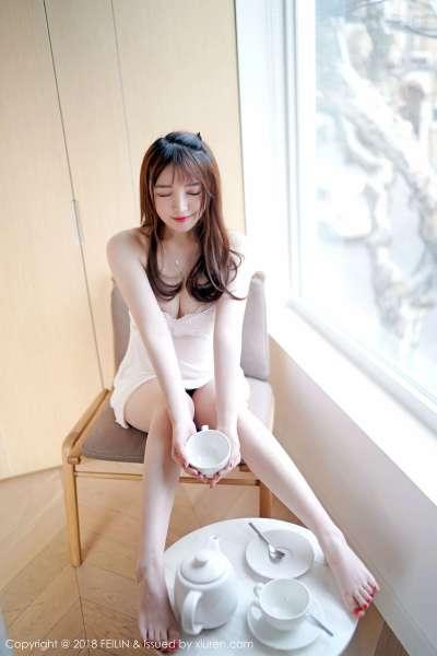 清纯妹子@yumi黄奕清首套迷你写真