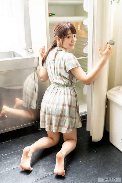 成宫梨香- Refresh Girl巨乳翘臀女优图集