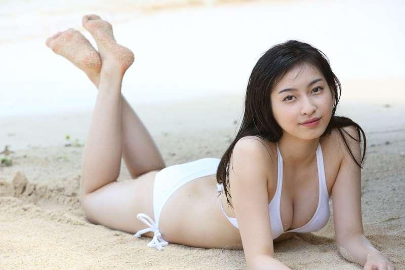 植村あかり Akari Uemura女优巨乳诱惑