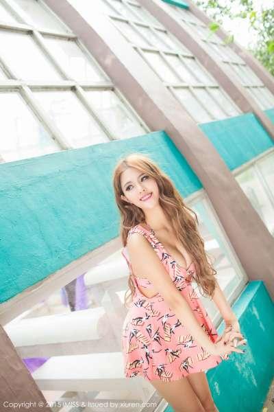 妍妍Yanyan - 同程旅拍写真性感套图