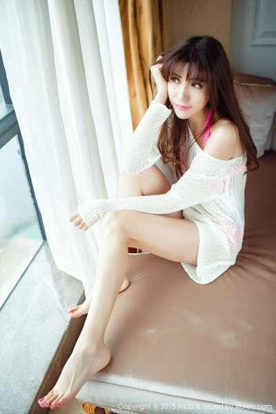 Sandy陈天扬 - 长腿美女旅拍写真套图