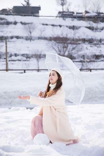 丽质长腿美女@猫宝北海道旅拍第二套写真
