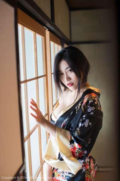 巨乳女神@许诺Sabrina北海道旅拍第三套写真发布