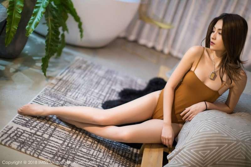 性感模特@Arlie - 第二套写真套图