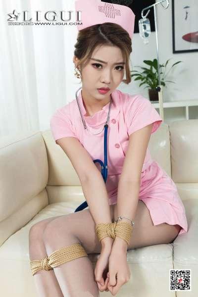 网络丽人 腿模钟晴 - 灰丝美护士制服诱惑图片