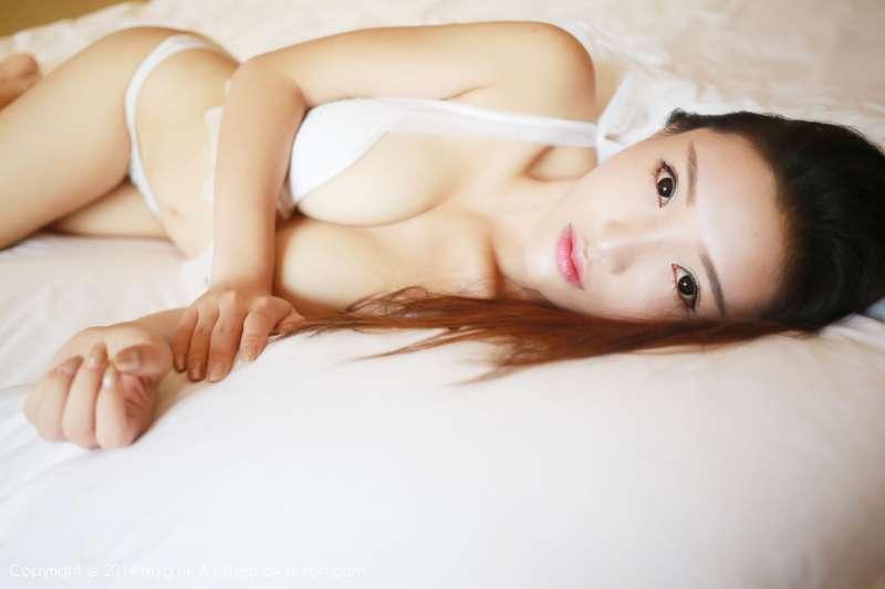 Anna徐子琦~长腿熟女性感写真