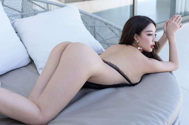 性感美女丰满上围[23P]