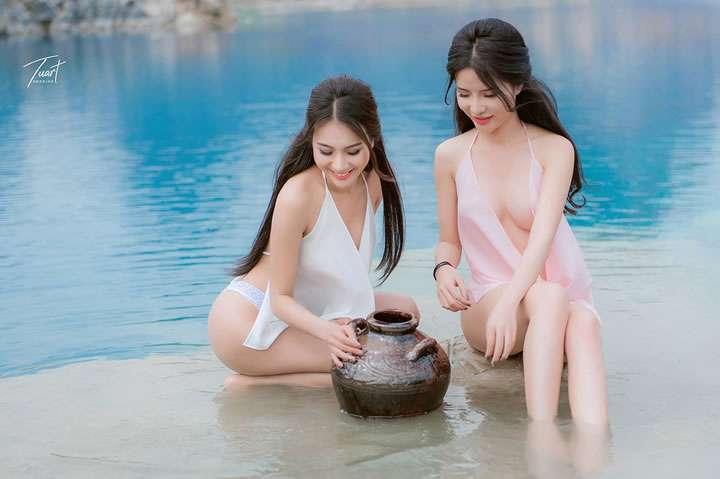 湖边唯美性感睡裙姐妹花[30P]