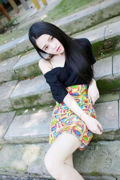 佩佩Cassie - 皮草VS白衬衣 可爱女神私房写真套图
