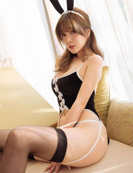 美艳动人的兔女郎黑丝长腿好诱人[22P]