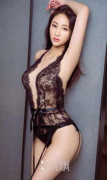 婧涵 - 黑天鹅 翘臀美女写真套图