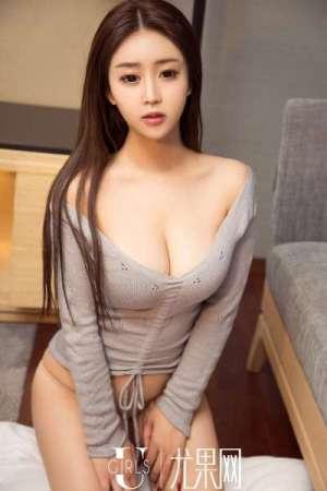 叶汐 巨乳熟女诱惑写真套图