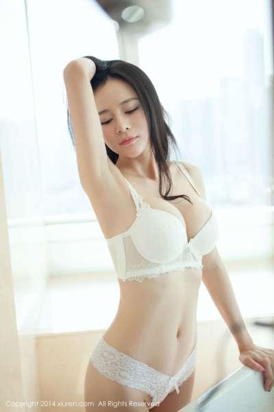 Nancy小姿-广州拍摄的浓缩版性感套图