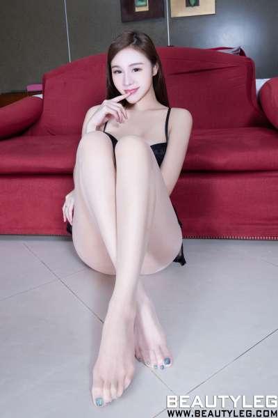 腿模Lena - 丝袜美腿写真集