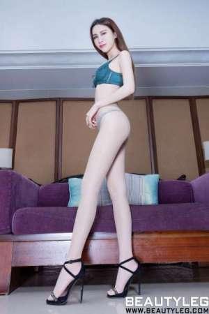 腿模Stephy - 丝袜美腿+内衣系列诱惑套图
