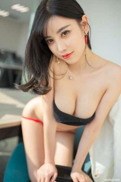 幻想被女上司潜规则?性感女神杨晨晨满足你[77P]