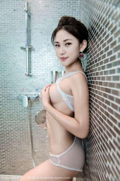 萌宝儿BoA - 浴室黑丝湿身翘臀写真图片