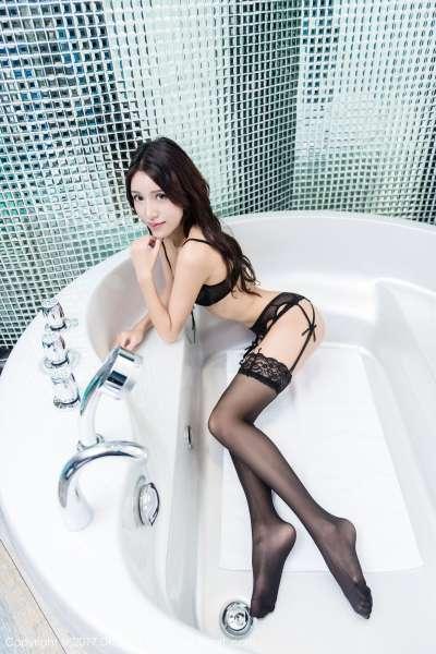 美腿模特@欧尼anne 第二套写真图集