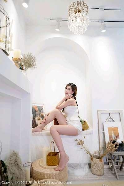 长腿新人模特@星星star首套诱惑写真