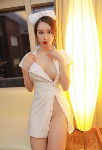 不穿内裤的护士小姐姐制服蕾丝诱惑