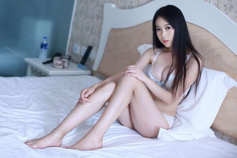 情趣美女赵小米 床上翻滚诱惑无极限