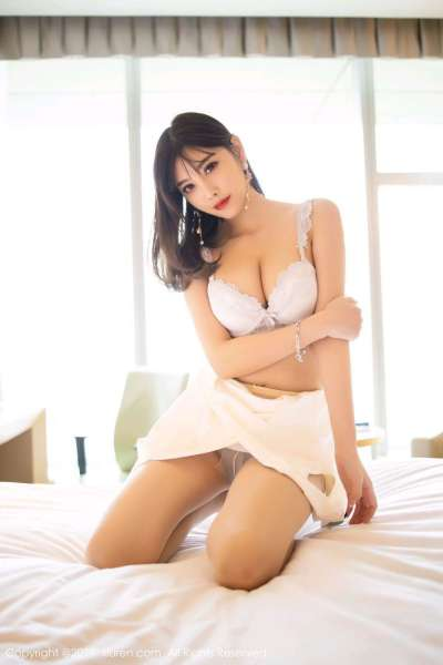 杨晨晨小甜心紧身包臀裙惹火辣图
