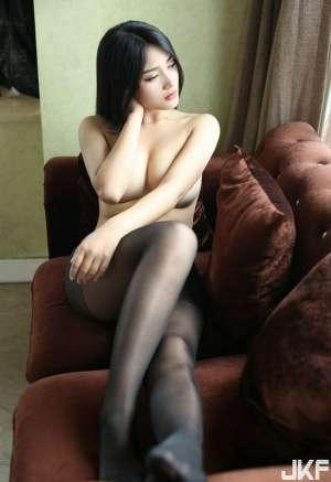 性感华模性感美乳女模白微黑丝魅力