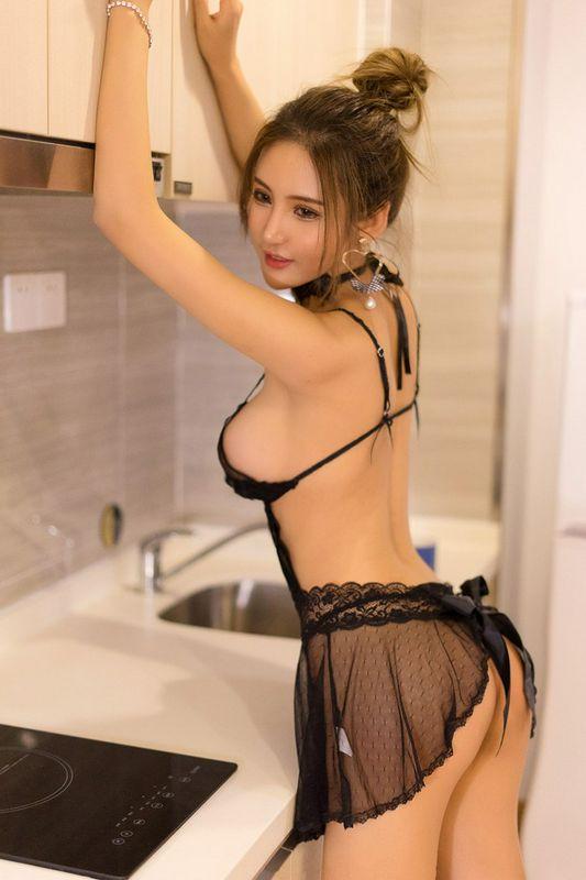 魅惑美娇娘尹菲姿势诱人性感爆棚