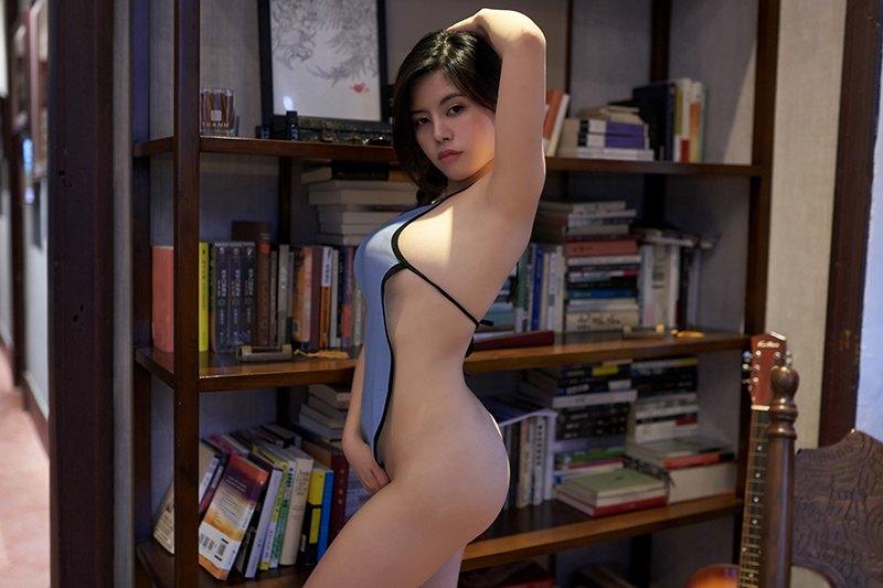 妖娆尤物梦恬民国学生装难掩丰满巨乳