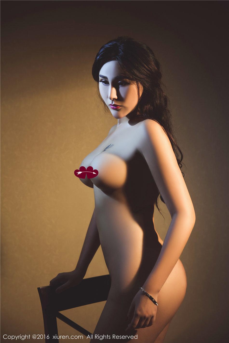 惊艳尤物FoxYini孟狐狸人体艺术高清写真